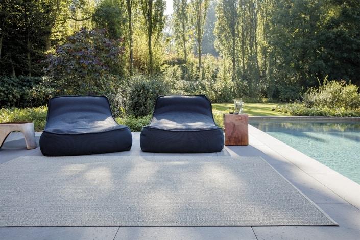 Limited Edition Outdoor Pebblestone