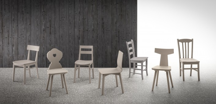 Scandola Stühle